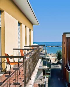 Hotel Tura - AbcAlberghi.com