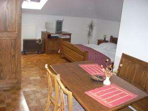 Bed and Breakfast Mili Vrh, Bed and Breakfasts  Kamnik - big - 15