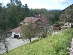 Bed and Breakfast Mili Vrh, Bed and Breakfasts  Kamnik - big - 24