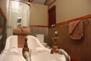 5th Seasons Guesthouse, Vendégházak  Nelspruit - big - 44