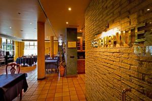 Hotel Jakue, Hotel  Puente la Reina - big - 20