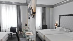 Hotel López de Haro (32 of 60)