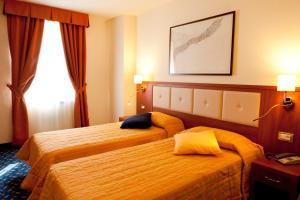 Hotel Benaco, Szállodák  Nago-Torbole - big - 58
