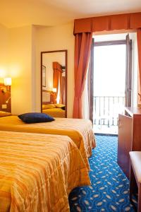 Hotel Benaco, Szállodák  Nago-Torbole - big - 34