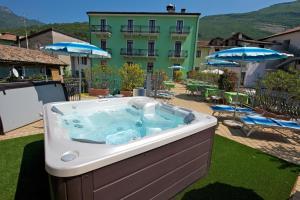 Hotel Benaco, Hotely  Nago-Torbole - big - 7