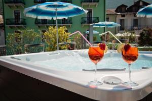 Hotel Benaco, Szállodák  Nago-Torbole - big - 8