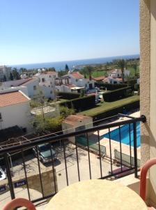 Petsas Apartments, Aparthotels  Coral Bay - big - 2