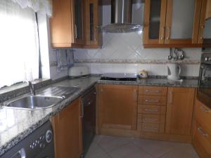 Bicos Beach Apartments AL by Albufeira Rental, Apartmanok  Albufeira - big - 6