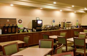Country Inn & Suites by Radisson, Tucson City Center, AZ, Hotels  Tucson - big - 11