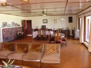 Hotel Victoria, Hotely  Hanga Roa - big - 39