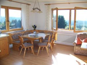 Gästehaus Rachelblick, Apartments  Frauenau - big - 10
