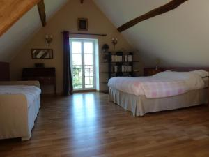 Chambres d'Hôtes Clos de Mondetour, Bed & Breakfast  Fontaine-sous-Jouy - big - 4