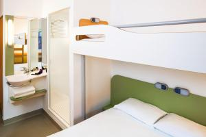 Standard Triple Room (2 Adults)