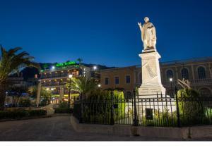 Phoenix Hotel, Hotely  Zakynthos Town - big - 64
