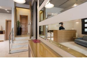 Phoenix Hotel, Hotely  Zakynthos Town - big - 38