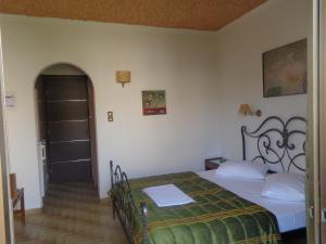 Angela Hotel, Hotely  Agia Marina Aegina - big - 82