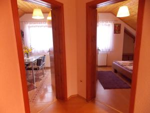 Apartments Smirnov, Appartamenti  Drežnik Grad - big - 11