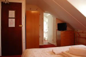 The Langham, Bed and Breakfasts  Weymouth - big - 24