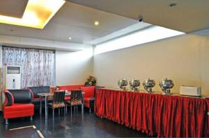 Hotel T.A.P. Gold Crest, Hotely  Bangalore - big - 43