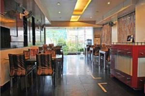 Hotel T.A.P. Gold Crest, Hotely  Bangalore - big - 35