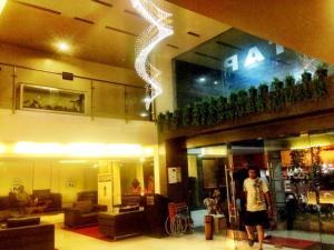 Hotel T.A.P. Gold Crest, Hotely  Bangalore - big - 32