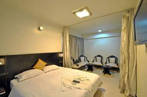 Hotel T.A.P. Gold Crest, Hotely  Bangalore - big - 17