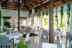 Hotel Suites Albayzin Del Mar, Отели  Альмуньекар - big - 25