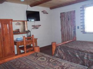 Double Room with Two Double Beds Annex - Non Smoking