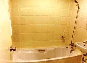 Standard Double Room with Bathtub