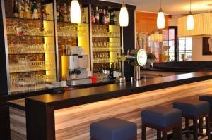 Hotel Restaurant Zum Schwan, Szállodák  Mettlach - big - 58