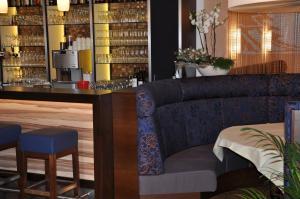 Hotel Restaurant Zum Schwan, Szállodák  Mettlach - big - 59