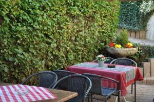 Hotel Restaurant Zum Schwan, Hotely  Mettlach - big - 38