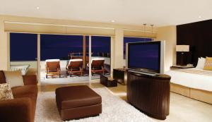 Ambassador Grand Class Suite