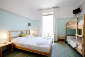 B&B La Perla Blu, Bed and Breakfasts  Levanto - big - 5