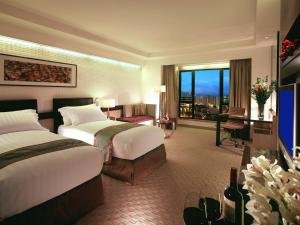 Executive King or Twin Room with Executive Lounge Access