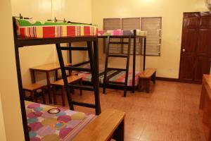 Happy Turtle Hostel, Хостелы  Манила - big - 6