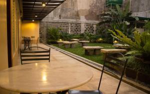 Happy Turtle Hostel, Хостелы  Манила - big - 7