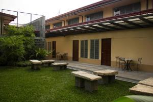 Happy Turtle Hostel, Хостелы  Манила - big - 8