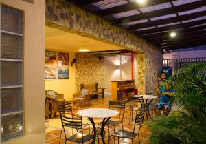 Happy Turtle Hostel, Хостелы  Манила - big - 15
