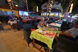 Silver Sands Sunshine - Angaara, Hotels  Candolim - big - 61