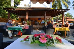 Silver Sands Sunshine - Angaara, Hotels  Candolim - big - 63