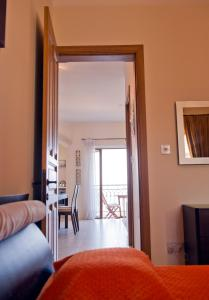 Ascot By The Sea, Apartmány  St Paul's Bay - big - 6