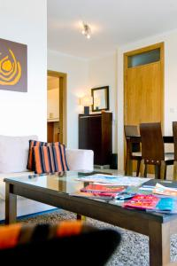 Ascot By The Sea, Apartmány  St Paul's Bay - big - 8