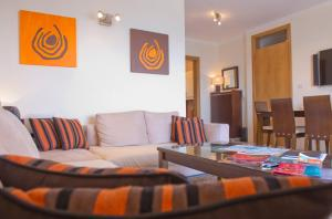 Ascot By The Sea, Apartmány  St Paul's Bay - big - 9