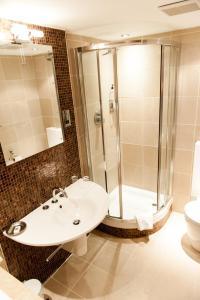 The Grand Hotel, Hotels  Swansea - big - 12
