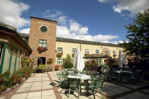 Corn Mill Lodge Hotel, Hotely  Leeds - big - 1