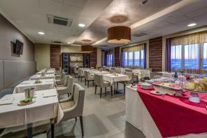 Best Western Plus Hotel Perla Del Porto, Hotely  Catanzaro Lido - big - 86