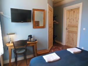 Hotel & Cafe Lanterna, Hotel  Nauvo - big - 17