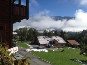 Hotel Rothorn, Hotely  Schwanden - big - 17