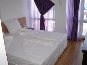 Villa Lazuren Bryag 2, Guest houses  Chernomorets - big - 6